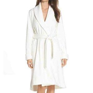 UGG Australia Robe Small Women's Ivory Cream White